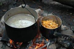 Het koken van Outddor Royalty-vrije Stock Afbeelding