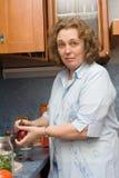Het koken van vrouwen royalty-vrije stock foto's