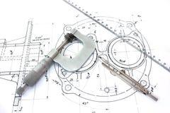 Het kompas en de heerser van de micrometer op blauwdruk Royalty-vrije Stock Foto