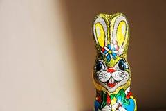 Het konijntje van chocoladepasen stock foto's