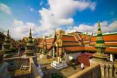 Het koninklijke grote paleis Wat Phra Kaew bepaalt van in Bangkok de plaats stock foto