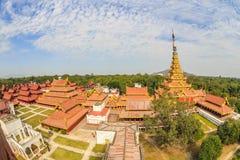 Het koninklijke paleis van Mandalay, Myanmar de mening van het vogeloog Royalty-vrije Stock Fotografie