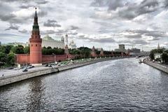 Het Kremlin de Rivier van Moskou, Moskou, Rusland Stock Afbeeldingen