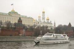 Het Kremlin is versterkte complex in het centrum van Moskou Royalty-vrije Stock Fotografie