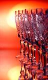 Het kristalglas van de wijnstok op een sinaasappel Stock Fotografie