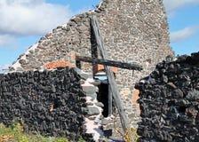 Het kruis in de ruïne Stock Fotografie
