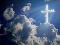 Het kruis van de godsdienst. wolken concept Stock Fotografie