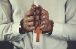 Het kruis van de mensenhand royalty-vrije stock afbeelding