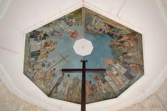 Het Kruis van Magellan ` s en de Plafondschilderijen, de Filippijnse stad van Cebu, Royalty-vrije Stock Foto