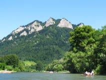 Het kruisen onderaan de rivier Dunajec Stock Fotografie