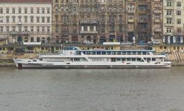 Het kruisschip van de rivier op de Donau, Boedapest Stock Fotografie