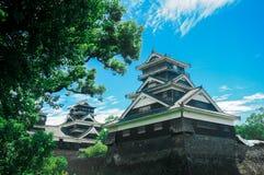 Het Kumamotokasteel wordt gevestigd in Kumamoto-Prefectuur, Japan Op dit ogenblik, was dit kasteel in schade van de aardbevingsra royalty-vrije stock foto's