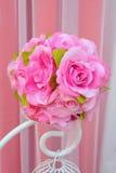 Het kunstmatige boeket van stoffenbloemen. Royalty-vrije Stock Foto