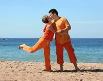 Het kussen op het strand Stock Foto's