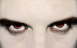 Het kwade vampier letten op stock foto's