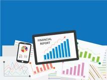 Het kweken van grafiek op tablet en smartphone met analyserapport Stock Foto