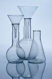Het laboratoriumapparatuur van het glas Stock Foto's