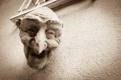 Het lachen Gezichtsbeeldhouwwerk, Luxemburg stock fotografie