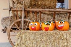 Het lachen Halloween Pompoenen Stock Foto
