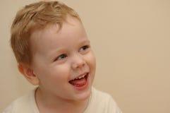 Het lachen van het jonge geitje Royalty-vrije Stock Fotografie