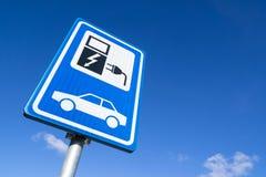 Het Laden van het elektrische voertuig Post royalty-vrije stock foto