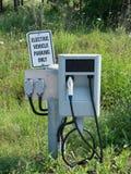 Het Laden van het elektrische voertuig Post Royalty-vrije Stock Afbeeldingen