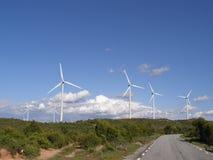 Het landbouwbedrijf van de wind in platteland Stock Foto