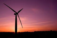Het landbouwbedrijfsilhouet van de wind royalty-vrije stock foto