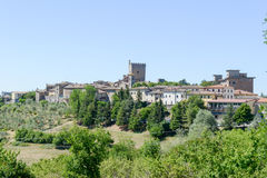 Het landelijke dorp van Castellina in Chianti op Toscanië, Italië Stock Foto