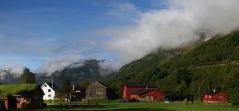 Het landelijke landschap van Noorwegen stock fotografie