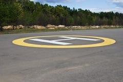 Het landende stootkussen van de helikopter Stock Foto