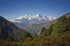 Het landschap Nepal van Himalayagebergte Royalty-vrije Stock Foto's