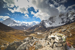 Het landschap Nepal van Himalayagebergte Stock Foto's