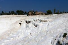Het landschap in Pamukkale, Turkije Stock Foto