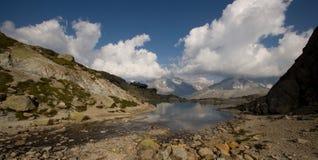 Het landschap van alpen in Frankrijk stock afbeeldingen
