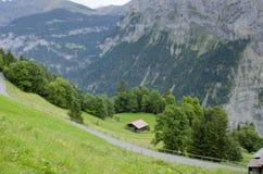 Het landschap van alpen met Murren-Dorp in Zwitserland Stock Foto