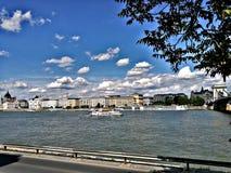 Het landschap van Boedapest van de kant van Buda stock afbeelding