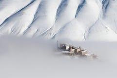 Castelluccio met sneeuw Stock Foto