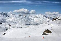 Het landschap van de Alpen van de winter van skitoevlucht Val Thorens Royalty-vrije Stock Foto's