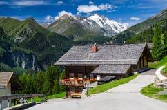 Het landschap van de Alpen van Tirol in Oostenrijk met berg Grossglockner Royalty-vrije Stock Foto