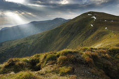 Het landschap van de berg in de Karpaten Stock Foto's