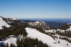 Het landschap van de berg in een de winterochtend Stock Afbeeldingen