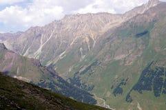 Het landschap van de berg op een zonnige dag Stock Afbeeldingen