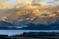 Het Landschap van de Bergen van de ochtend royalty-vrije stock afbeeldingen