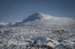 Het landschap van de de winterberg Stock Afbeeldingen