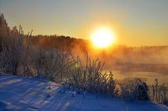 Het landschap van de de winterzon Royalty-vrije Stock Afbeeldingen