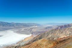 Het landschap van de doodsvallei zoals die vanaf de bovenkant van Dantes-Mening wordt gezien Royalty-vrije Stock Foto's