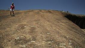 Het landschap van de golfrots stock videobeelden