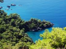 Het landschap van de kustlijn van Middellandse Zee Turkije Stock Foto's