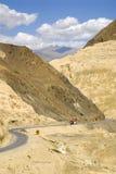 Het landschap van de maan dichtbij Lamayuru, Ladakh, India Stock Afbeelding